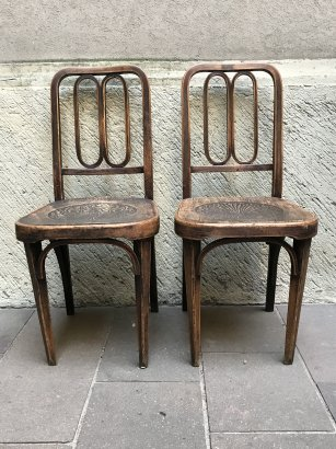 THONET CHAIRS WITH SEAT PRINTED ON FIRE